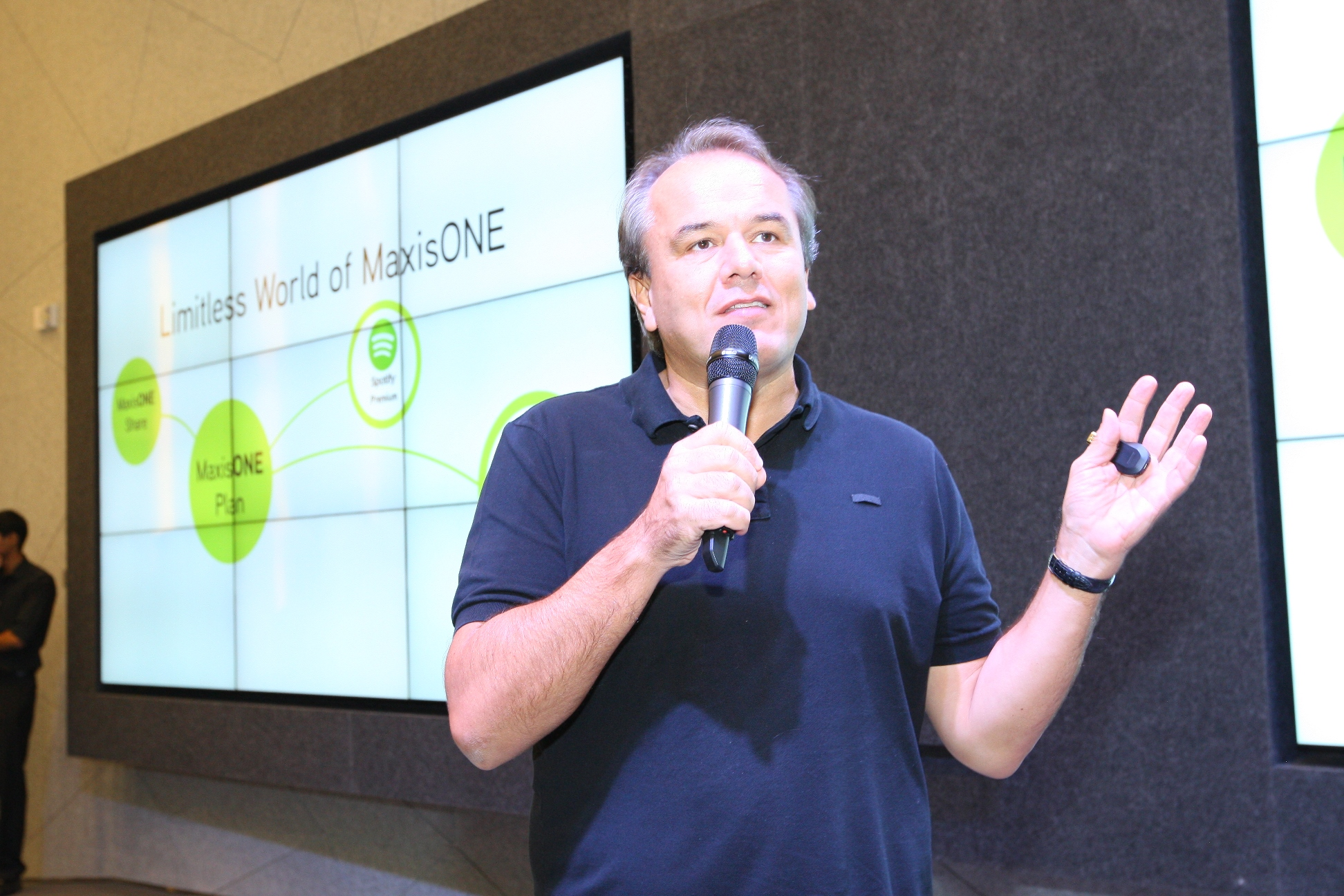 Morten Lundal, Maxis' Chief Executive Officer, giving an introduction to the Limitless World of MaxisONE during the showcase event earlier today.